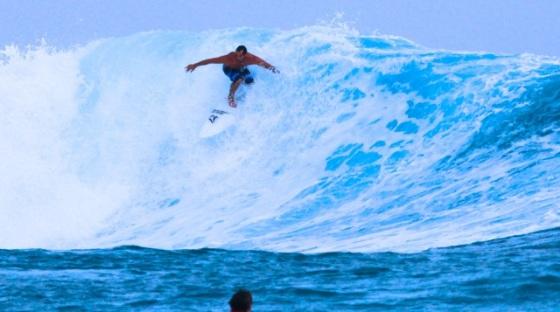 ryan acosta surfing 1