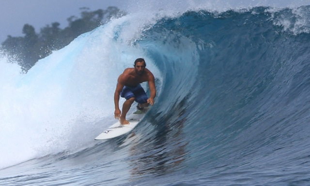 ryan acosta surfing 2