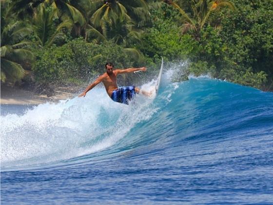 ryan acosta surfing 4